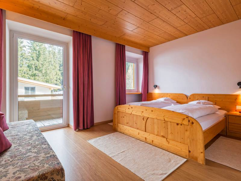 double bed Hotel Dolomiten Toblach